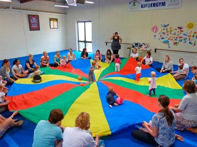 seacliff-kindergym-photo-gallery-fun-with-parachute